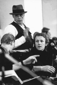 stuart-brisley-and-joseph-beuys-at-the-symposium